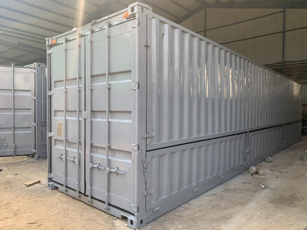 Container mở nóc và mở bửng chở nước ngọt
